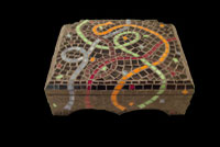 Ribbon mosaic box